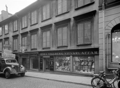 Hulda Hallberg Vitvaruaffär i Stockholm 1954